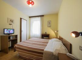 Hotel Bertusi, hotell i Porretta Terme