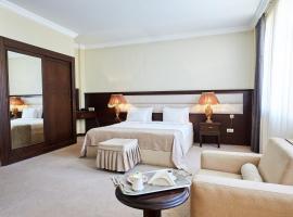 Smith Hotel, hotel perto de Centro cultural Heydar Aliyev, Baku