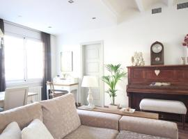 Sant Antoni Lovely Apartment, apartment in Barcelona