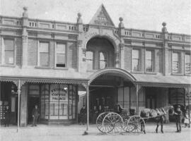Five on Charles, hotel near Queen Victoria Museum, Launceston