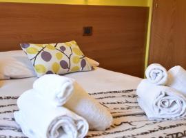 Aranciongiallo, hotel in zona Trepalle, Livigno