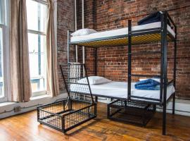 The Cambie Hostel Gastown, hotel in Vancouver