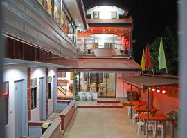 Mario's Travellers Inn, hotel in Coron
