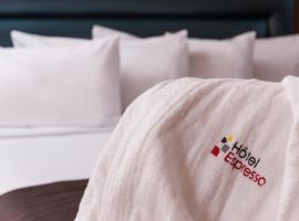 Hotel Espresso Montreal Centre-Ville / Downtown, hotel near Saint Joseph's Oratory, Montreal
