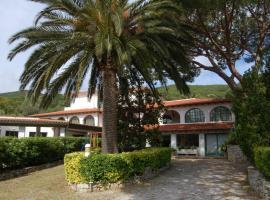 Hotel Marelba, hotel a Cavo