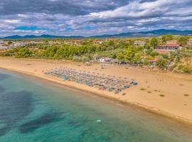 Coral Blue Beach Hotel Gerakini, hotel in Gerakini