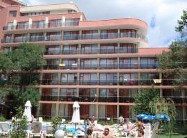 Jupiter Hotel, hotel near Mania Beach Bar, Sunny Beach