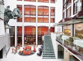Living Hotel Großer Kurfürst, hotel near Berlin Cathedral, Berlin
