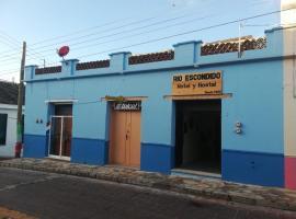 Rio Escondido Hotel y Hostal, hotel en Comitán de Domínguez