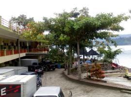 Pandu Lakeside Hotel Parapat, hotel di Prapat