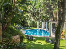Casa Vela Charm Guest House, B&B in Cascais
