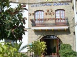 Hotel Anfiteatro Romano, hotel cerca de Ciudad romana de Itálica, Santiponce