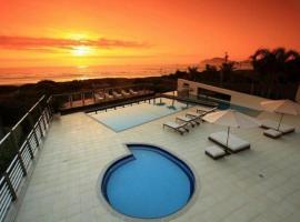 Apartamento Costão das Gaivotas, apartment in Florianópolis