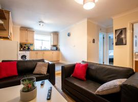 2 Bedroom Apartment, Castle Walk, hotel a Stansted Mountfitchet