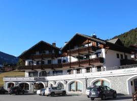 Residence Fior d'Alpe, hotel ve Valdidentru