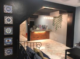 The Safe House ( 4 bedrooms suites), villa in Kuala Lumpur