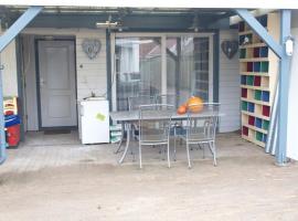 JaBaKi Child friendly home, budget hotel in Hoofddorp