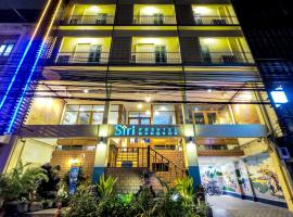 Siri Poshtel Bangkok, hotel in zona Tempio del Buddha di smeraldo (Wat Phra Kaew), Bangkok