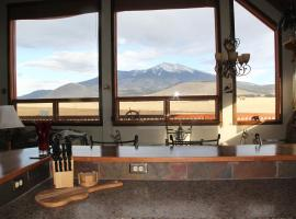 The Mountain Star Near The Grand Canyon, vacation rental in Flagstaff