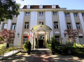 Hotel Łazienkowski, hotel in Warsaw