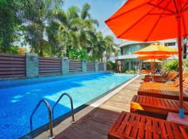 Baan Suwantawe, hotel near Thai Hua Museum, Phuket