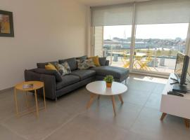Modern appartement in het centrum van Breskens - Fort Imperial 03-02, vakantiewoning in Breskens