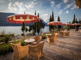 Hotel Oasi Beach, hotel in Malcesine