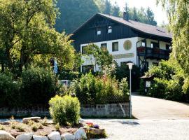 Landhotel Bayerwald, Hotel in Grafling