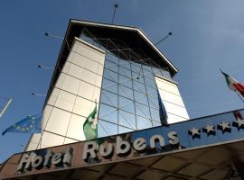 Antares Hotel Rubens, hotel in Milan