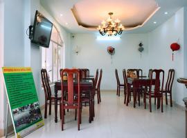 Nhat Le Hotel, hotel near Thien Mu Pagoda, Hue