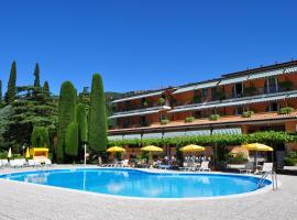 Hotel Garden, hotel near Baia delle Sirene Park, Garda