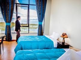 Yacht Lago Titicaca, hotel near Deustua Arc, Ichu