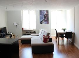 APPARTEMENT RUE DES MARCHANDS, apartment in Avignon