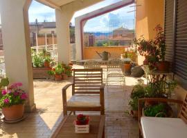 L'attico in centro, hotel in Terni