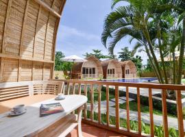 Villa Del Mar Canggu, resort village in Canggu