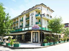 Hotel Ambra, hôtel à Cesenatico