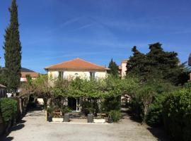 Hotel le Castellamar, hotel near Roquebrune Golf Course, Sainte-Maxime