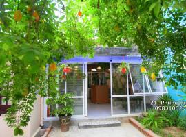 Minh Tú Homestay, pet-friendly hotel in Hue
