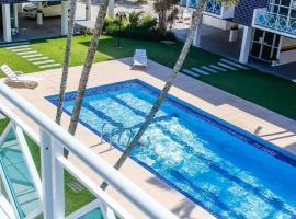 Apto a 70 metros da praia, Piscina e 02 vagas de Garagem, hotel perto de Praia dos Ingleses, Florianópolis