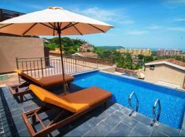Hotel Abode Goa, hotel with pools in Dona Paula