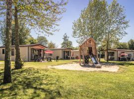 Vakantiepark de Luttenberg, holiday home in Luttenberg