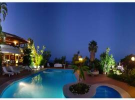 I 10 Migliori Hotel Con Piscina Di Giardini Naxos Italia Booking Com