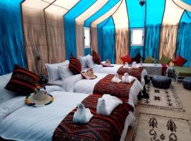 Starry Desert Nights Camp, luxury tent in Hassilabied