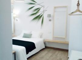 Sunny Stay Guest Houses, apartment in Alicante