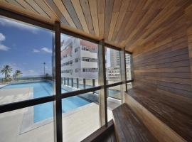 Beach Class International - Flat, hotel near Buarque de Macedo Bridge, Recife