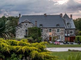 Le Richmond, hotel near Les Jardins d'Annevoie, Godinne