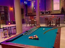 You Empire Hostel & Bar, hostel in Pakse