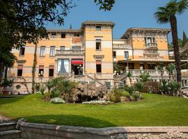 Hotel Laurin, hotel in Salò