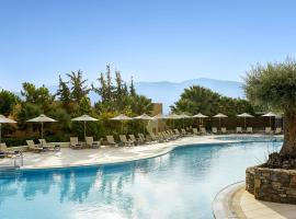 Village Heights Resort, golf hotel in Hersonissos