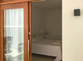 Pousada Casa Verana, hotel in Guarapari
